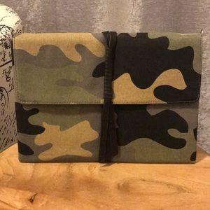 Stella & Dot Camouflage Clutch
